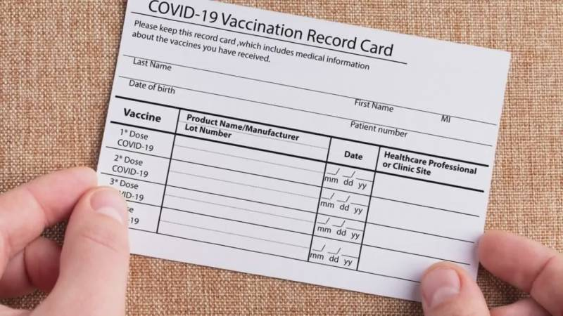 Man arrested, two doctors suspended over selling fake vaccination cards