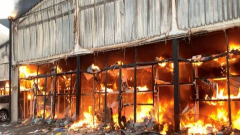 Fourteen dead in China warehouse fire
