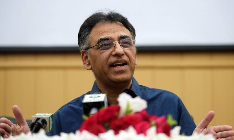 Asad Umar wants Sindh govt to review lockdown strategy