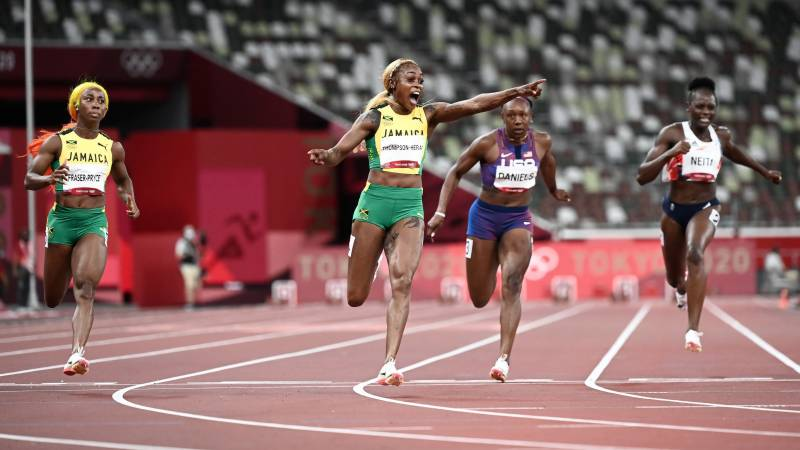 Thompson-Herah storms to victory in women's Olympic 100m