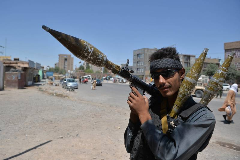 Afghan fighting rages as US and UK accuse Taliban of massacring civilians