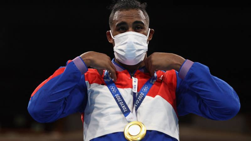 Cuba win boxing gold again as distraught Briton refuses to wear silver