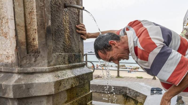 New heat record in Italy as 'Lucifer' sweeps in