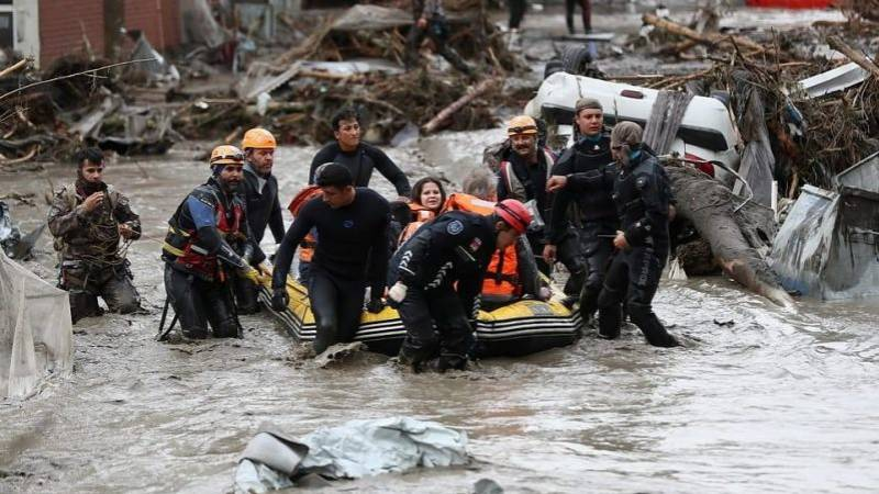 Death toll from Turkey's flash floods rises to 27