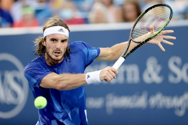 Zverev turns tide on Tsitsipas to book Cincy final with Rublev