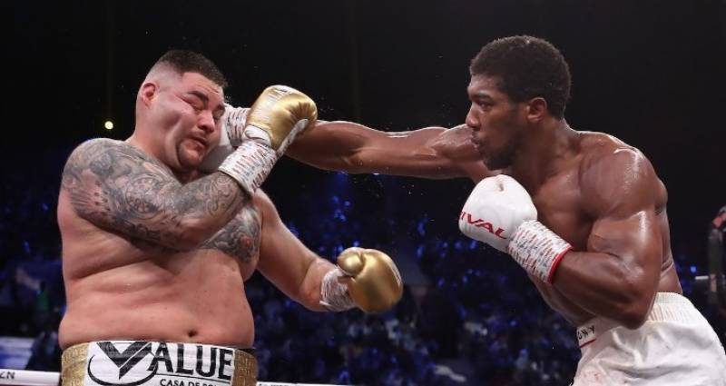 Joshua opts for brains over brawn in title defence against Usyk