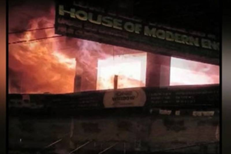 Goods worth millions gutted in two Karachi fire incidents