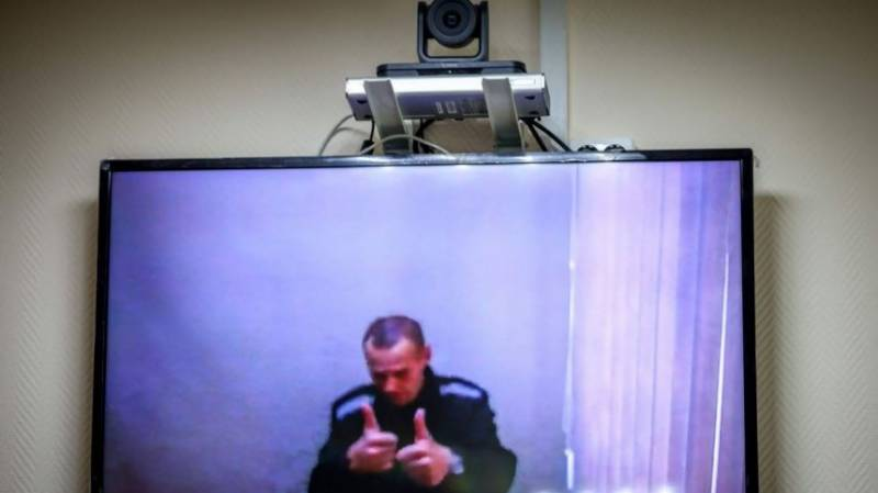 Russia critic Navalny gives first interview from jail