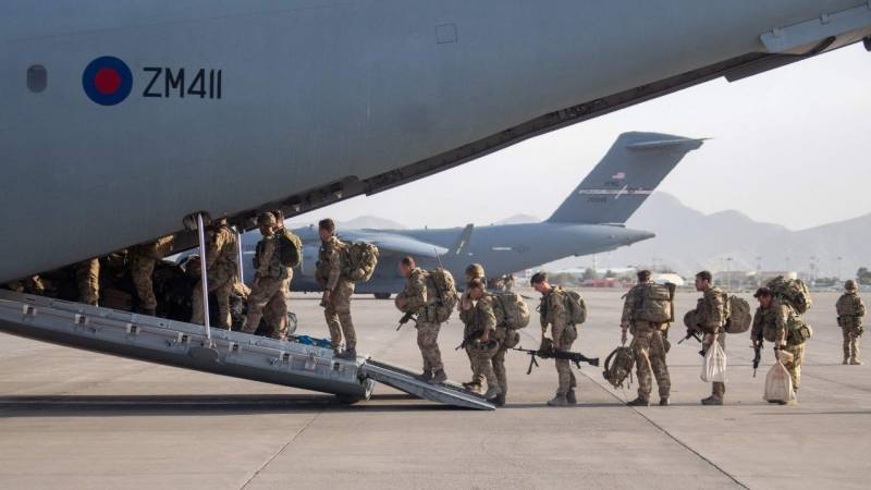 Final UK plane carrying military personnel leaves Kabul