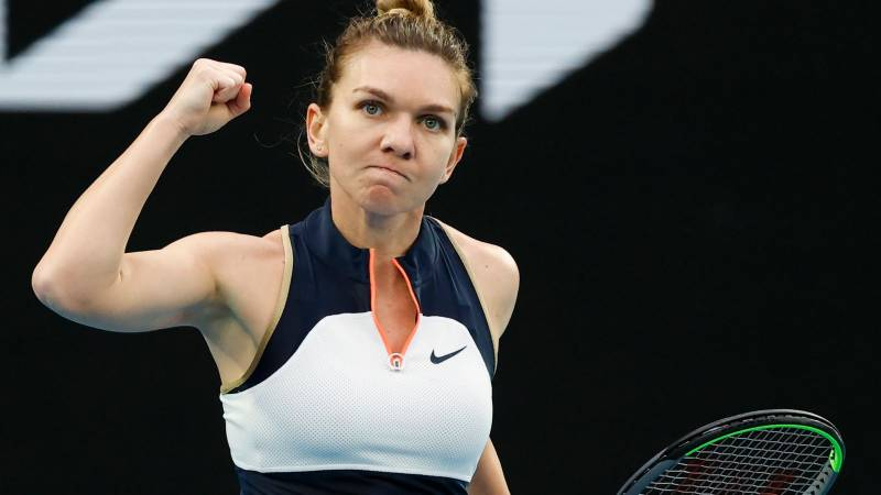 Halep advances at US Open with Osaka, Murray waiting to start