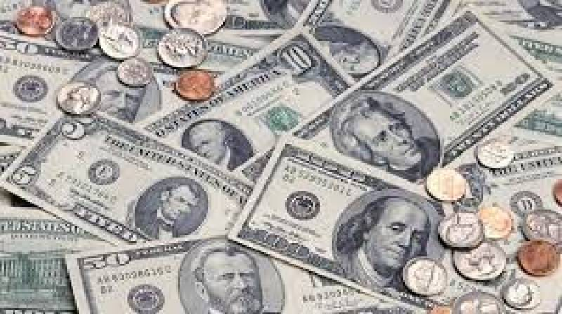 US dollar climbs up by another 22 paisas against Pakistani rupee