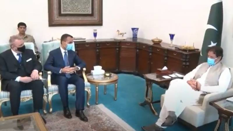 Imran Khan urges world to stand by Afghans