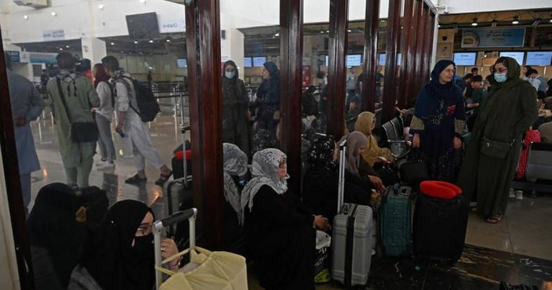 200 passengers to leave Kabul in first airlift since US pullout