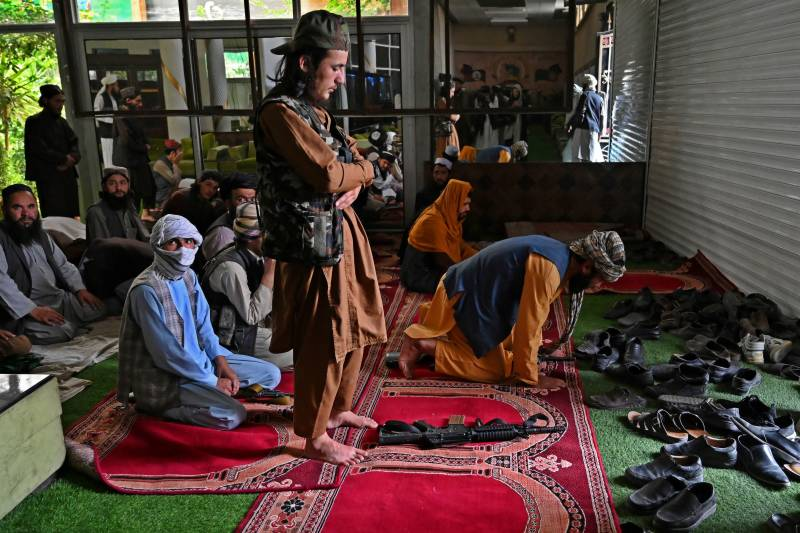 Taliban make themselves at home in Dostum's mansion