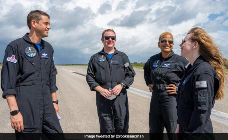 A billionaire, a cancer survivor... Who will be on the next SpaceX mission?