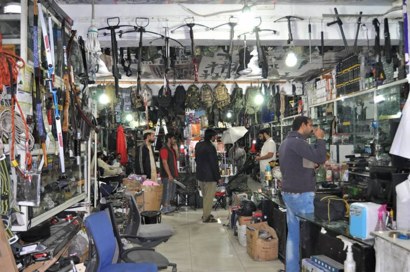 War-fair: Sale of used items of US, NATO forces in Afghanistan start in Lahore