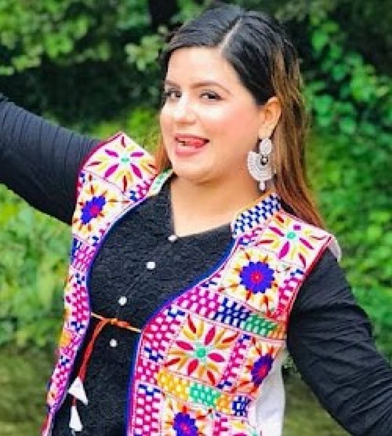 TikToker Ayesha fails to appear in court while accused thrashed by lawyers