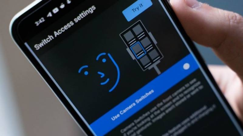 Disabled people can now use Android phones with face gestures