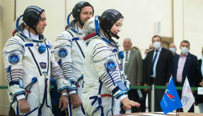 First Russian film in space an 'experiment': director