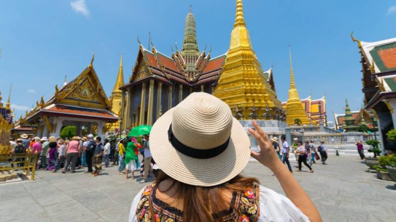 Thailand reopen tourists, covid vaccinated