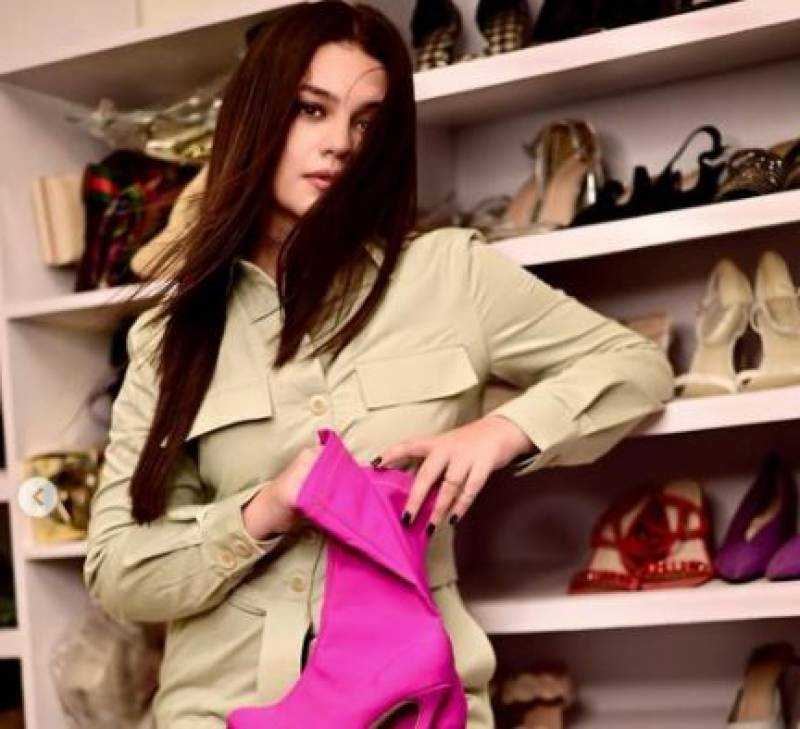 Here's diva Zara Noor's obsession with distinctive shoes