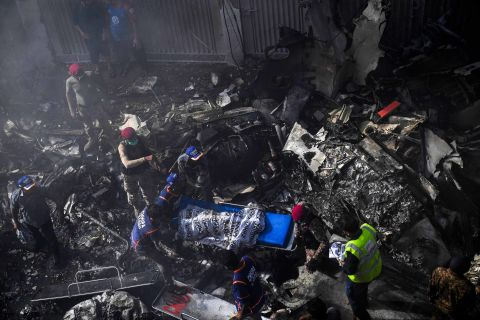 DNA experts from Lahore to help identify plane crash victims